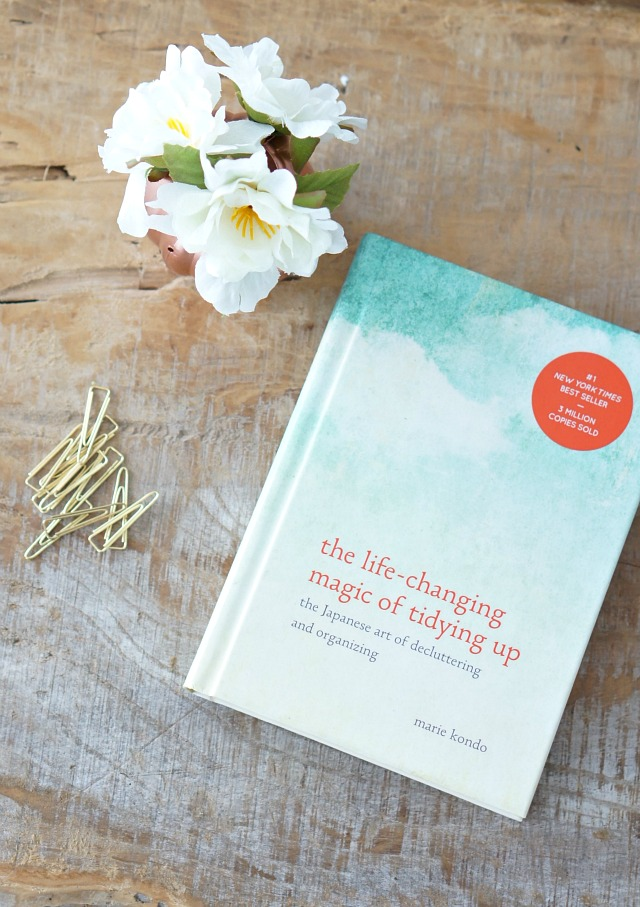 a pic of a book called the life changing magic of tidying up