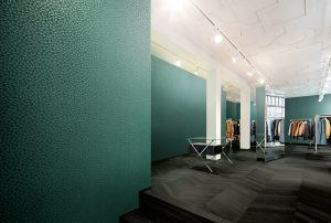 Vescom wallcovering in turquoise